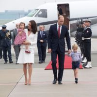 ROYALS | Kate Middleton, Prince William, And Kids Spotted On Budget Flight To Scotland